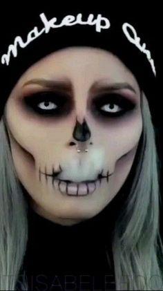 50 of the best scary but cute Halloween makeup - Halloween / . - 50 of the best scary but cute Halloween makeup – Halloween / … – Halloween Make-up und Kleide - Makeup Clown, Creepy Makeup, Makeup Art, Eye Makeup, Makeup Brushes, Beauty Makeup, Zombie Makeup, Voodoo Doll Makeup, Skull Face Makeup