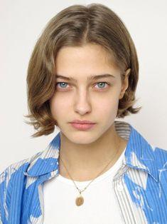 New York Model Management S/S 2020 Polaroids/Portraits (Polaroids/Digitals) Elegant Hairstyles, Boho Hairstyles, Pretty Hairstyles, Short Thin Hair, Short Hair Styles, Hair Inspo, Hair Inspiration, Hair Evolution, Model Face