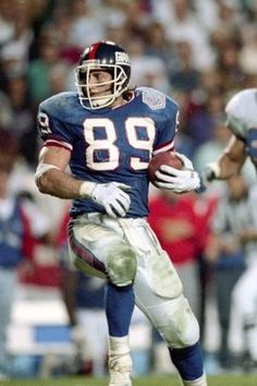 Mark Bavaro The Beast from the East..Best TE ever!