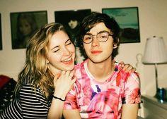 Becca y Pepe tenían un montón de fotos juntos de años anteriores.