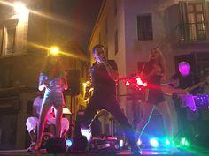 Place Bellecroix à Nîmes - Jeudis de Nîmes - TrioPopcorn groupe de rock Gardois en région Occitanie - animation musicale mariage Pop Rock, Photos Du, Concert, Place, Animation, Musicians, Group, Birthday, Weddings