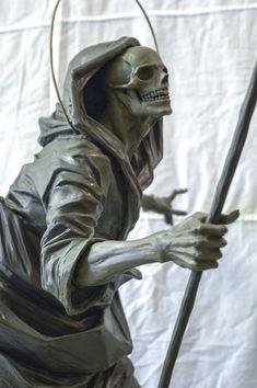 Arte Horror, Horror Art, Toros Tattoo, Eclipse Tattoo, Realistic Tattoo Sleeve, Sculpture Art, Sculptures, Reaper Statue, Mini Canvas Art
