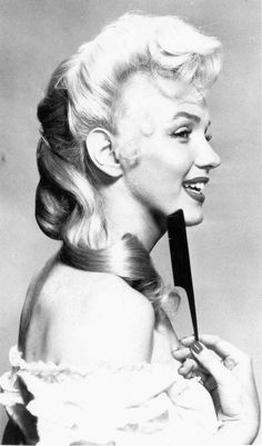 "Marilyn in a hair test for ""River of No Return""."