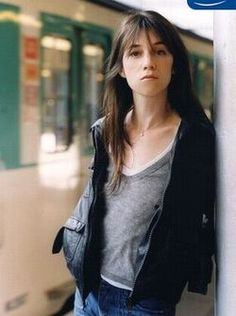 An entry from The most beautiful photos of Charlotte Gainsbourg Charlotte Gainsbourg, Serge Gainsbourg, Gainsbourg Birkin, Jane Birkin, Langer Pony, Lou Doillon, Louise Brooks, Ordinary Girls, French Actress