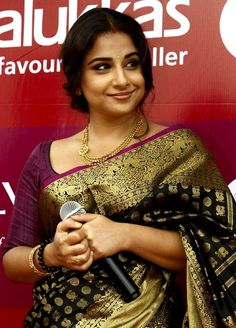 #Vidya Balan #saree https://www.facebook.com/beautagonal?ref=tn_tnmn