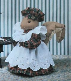 Mrs Butternut Squirrel Doll and Clothes Sewing Pattern