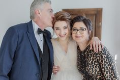 Bride with parents portrait - Stefan Fekete Photography Destination Weddings in Greece and Europe Blush Pink Wedding Dress, Blush Pink Weddings, Wedding Dresses, Autumn Wedding, Chic Wedding, Greece Wedding, Grand Hotel, Destination Weddings, Good Music