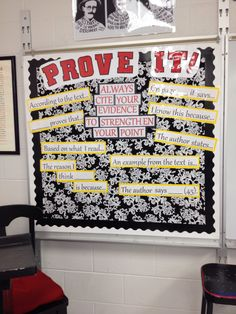 Bulletin board idea for citing text evidence