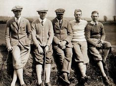 <3 <3 English golf legend James Braid (C) meets up with four American Open entrants during a practice session. (L-R) Robert Gardner, Francis Ouimet, Braid, Jess Sweetser and Harrison Johnston - UK - 1 July 1922