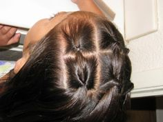 lots of cute easy styles for girls on this site (straight hair dos easy) Hairdos For Short Hair, Girls Hairdos, Natural Afro Hairstyles, Little Girl Hairstyles, Straight Hairstyles, Cool Hairstyles, Natural Hair Styles, Short Hair Styles, Toddler Hairstyles