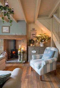 Lavender Cottage in 25 Beautiful Homes. You may remember me telling you about a photo shoot I did last year at Lavender Cottage? Cottage Lounge, Cottage Living Rooms, Home Living Room, Cosy Living Room Decor, Rustic Living Rooms, Cozy Living Room Warm, Country Lounge, Cozy Cottage, Lounge Decor
