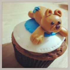 babyshower cupcake @Mallorie Kelly co