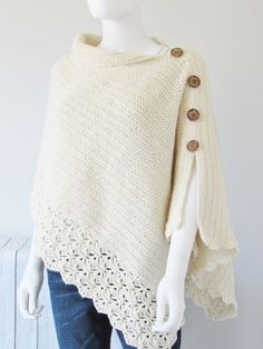 This free crochet poncho pattern has a knit look to it. Simple yet classy, this beginner poncho is made from a simple rectangle. Poncho Au Crochet, Pull Crochet, All Free Crochet, Easy Crochet, Crochet Stitches, Crochet Baby, Knit Crochet, Crochet Patterns, Crochet Gratis