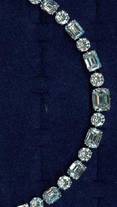 Graff Jewellers: White emerald cut and round diamond single line necklace