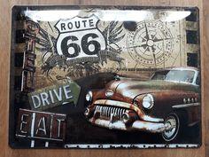 Route 66, de meest bekende snelweg ter wereld.  Bezongen in liedjes, te zien in films, misschien wel een herinnering uit een reis. Dit bordje heeft een mooie nostalgische uitstraling, passend bij het imago van Route 66. Het bordje heeft een afmeting van 30 x 40 cm en is eenvoudig op te hangen door middel van gaatjes in het metaal. Route 66, Road Trip, Retro, Road Trips, Retro Illustration