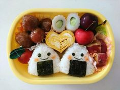 Recommended goods to complete a kindergarten lunch? Introduce how to make daily lunch making easier! Bento Box Lunch For Kids, Bento Kids, Cute Lunch Boxes, Bento Lunchbox, Kawaii Bento, K Food, Food Porn, Kindergarten Lunch, Bento Recipes