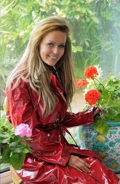 Happy girl in red pvc mackintosh Red Raincoat, Vinyl Raincoat, Raincoat Jacket, Plastic Raincoat, Parka, Imper Pvc, Rain Fashion, Vinyl Clothing, Rubber Raincoats