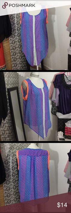 AEO sleeveless patterned top Fabric is light a little sheer button down front American Eagle Outfitters Tops