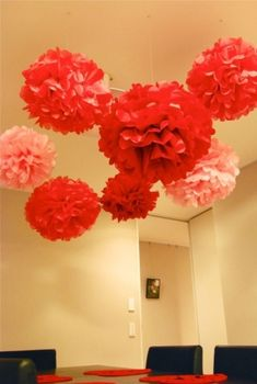 Tissue Paper Pom Poms by beulah