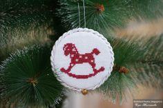 Cross Stitch, Christmas Ornaments, Holiday Decor, Home Decor, Crossstitch, Xmas Ornaments, Homemade Home Decor, Christmas Jewelry, Christmas Baubles