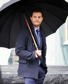 Jamie Dornan in the set....... OMG