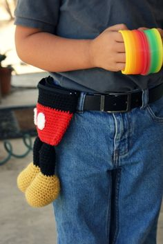 Mickey Mouse-inspired utility bag (free crochet pattern)