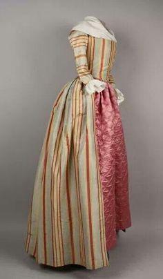 Robe à l'Anglaise, con bobillo, 1785. Vestido de diario en Damasco.