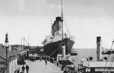Lusitania (1915).  El Lusitania, lujoso barco de pasajeros, fue torpedeado el 7 de mayo de 1915 por el submarino alemán U-20 frente a costas irlandesas. Tardó unos 18 minutos en hundirse y de los 1.256 pasajeros que estaban a bordo, sólo sobrevivieron 475, mientras que de sus 693 tripulantes, se salvaron 292 personas.    Lusitania en Liverpool
