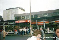 Retro Galleries – Old School Hooligan Pics Football Hooliganism, British Football, Football Casuals, School Football, European Countries, Sunderland, Newcastle, Old School, Britain