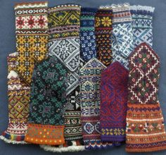 The Knitting Universe Mittens Pattern, Knit Mittens, Knitted Gloves, Knitting Socks, Hand Knitting, Knitting Patterns, Fair Isle Knitting, Knitting Accessories, Textiles