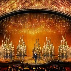 Red Carpet: First Look at This Year's Oscars Stage Design: Vintage Hollywood Glam is Back!