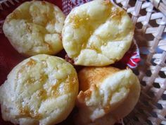 For my flashback Friday I have chosen to share the recipe for Chipa again. Makes 3 dozen These chewy cheesy little pillows is a recipe originally from Paraguay, where my husband was born. They are mad Biscuit Muffin Recipe, Muffin Recipes, Bread Recipes, Paraguayan Recipe, Food N, Food And Drink, Paraguay Food, Cooking Recipes, Diet Recipes