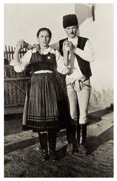 Romania Travel, Old Photography, Folk Dance, Folk Music, Hipster, Bratislava, Costumes, Embroidery, Collection