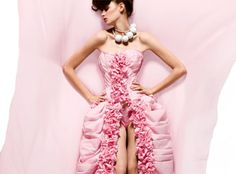 White Cashmere Collection 2009, toilet paper fashion, toilet paper dresses, toilet paper gowns, Cashmere bathroom tissue, Canada, Toronto