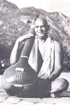 Swami Sivananda Saraswati.