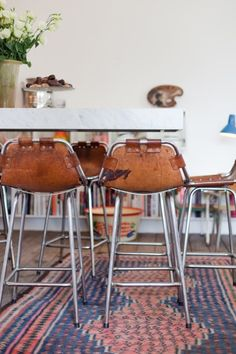 These Are the 5 Best Mid-Century Bar Stools for Your Home Decor