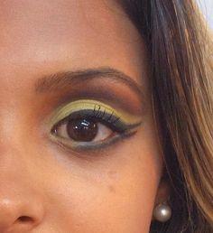 Maquiagem Cut Crease  #vaidosasdebatom #vaidosas #batom #blog #blogueira #blogger #tutorial #dicas #passoapasso #post #instablog #foto #selfie #beleza #beauty #maquiagem #make #makeup #cosmeticos #maquiador #visual #tendencia #inspiracao #ideia #followme #pictures #casamento #festa #formatura #evento #noivado #jantar #desfile #revista #balada #noiva #madrinha #daminha #mulher #homem #criança #adolescente #love #cutcrease