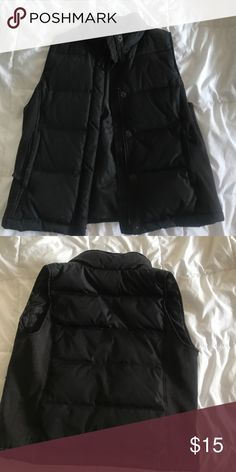 Black Gap Jacket Vest Gap size US medium puffy jacket vest great for the cold. I live in florida and never visit cold places so I don't need it but still in great condition GAP Jackets & Coats Vests