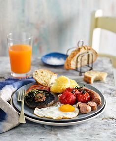 Top ten cafe-style breakfasts: Enjoy the ultimate cafe-style breakfast at home with our no-fuss brekkie recipes. Brunch Recipes, Paleo Recipes, Breakfast Recipes, Cooking Recipes, Paleo Food, Breakfast Ideas, Perfect Fried Egg, Cafe Style, Sausage Breakfast