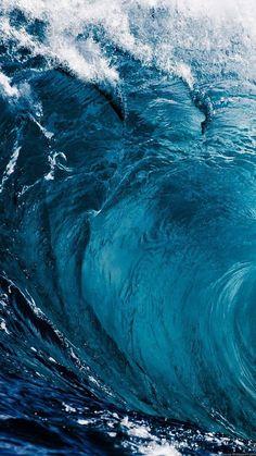 backrounds Ocean Wallpaper iPhone Backgrounds: Cool & calm ocean wallpaper aesthetics for iPhone. Beautiful ocean wallpaper waves, underwater ocean wallpaper, ocean wallpaper with water a Iphone Wallpaper Sea, Iphone Background Wallpaper, Aesthetic Iphone Wallpaper, Nature Wallpaper, Aesthetic Wallpapers, Beautiful Wallpaper, Blue Water Wallpaper, Cute Blue Wallpaper, Underwater Wallpaper