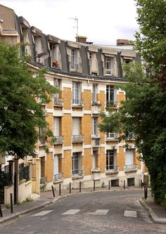 La Butte Bergeyre, 19th Arrondissement, Paris