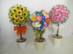 Topiario -  realizado con flores  de goma eva...