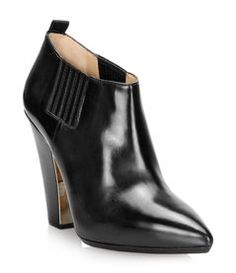 #Browns #Chaussures #Shoes Heeled Mules, Ankle, Heels, Fashion, Cold Weather, New Shoes, Boots, Moda, La Mode