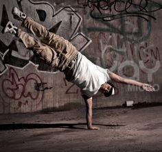 graffitti (big part of hip hop culture) - Dance World 2020 Street Dance, Street Art, Street Style, Dance World, World 2020, Music Sing, Art Thou, Hip Hop Dance, Lets Dance