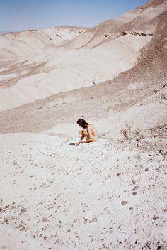 ANNE ROIG / DESERT
