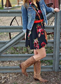 Belted floral dress & cowboy boots. (Rodeo outfit idea)