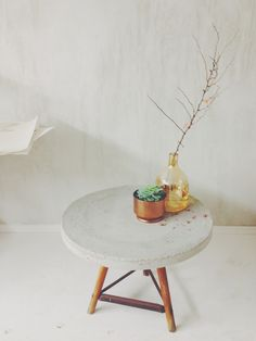 DIY table D'appoint ronde en ciment - DIY CONCRETE TABLE