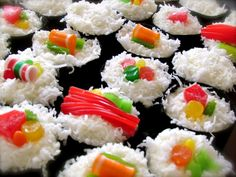 the cutest sushi cupcakes!! a how-to and recipe