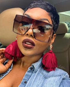 Hot Short Hair Ideas for Black Women 2021 – The Style News Network Short Relaxed Hairstyles, Black Women Short Hairstyles, Short Pixie Haircuts, Pixie Hairstyles, Beach Hairstyles, African American Short Hairstyles, Summer Hairstyles For Medium Hair, Cute Hairstyles, Black Pixie Haircut