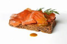 Gravlax (Swedish marinated salmon)